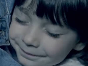 Este Video Protege la Vida de los Inocentes, ¡Y es Tan Conmovedor!