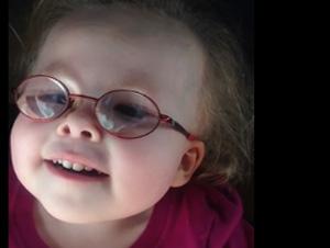 Los Médicos le Recomendaron 5 veces que Abortara a esta Bebita. Ahora, Ella Alaba al Señor!