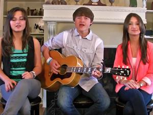 Esta Pequeña Banda de Jóvenes Canta una Versión Impresionante de 'Porque Vive Él' – ¡Tan Maravilloso!