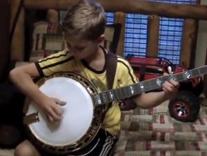 Sólo Son 2 Hermanos Ensayando Música en Su Habitación, ¿No? EQUIVOCADO, ¡Le Asombrará!