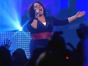 ¡No Quiero Que se me Pase el Día sin Decirle Esto a Dios! – Le Va a Gustar esta Preciosa Canción de Ingrid Rosario