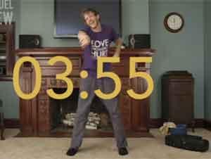 Este Hombre Aprende Las Historias De La Biblia De Forma Divertida. – Videos Comedia