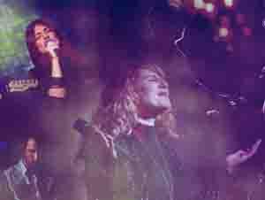 Cuando Este Mundo No Llena, ¡Dios es Todo Para Nosotros! – Videos Música, Esperanza de Vida