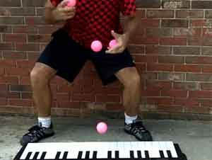 Su Mandíbula Caerá al Suelo Cuando vea lo que Este Hombre Puede Hacer con un Piano
