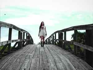 Joven Mujer Encontró Su Ayuda en un Sólo Lugar ¡Animará Su Fe! – Música, Evaluna Montaner