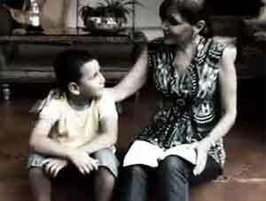 Las Oraciones de una Madre Son Poderosas. ¡Le Dará Escalofríos! – Videos Música, Tercer Cielo