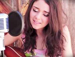 Ella canta un clásico de Elvis, y te aseguro que el mismo Elvis le encantaría verla!