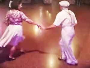 Pareja de baile demuestran que la edad no es impedimento