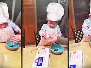 Pequeña Bebita Cocina Como Toda Una Chef WOW!!!
