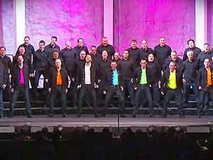 """El Grupo """"Footloose"""" Interpreta Esta Gran Canción!"""