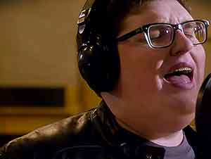 "Jordan Smith Canta ""Stand In The Light"""
