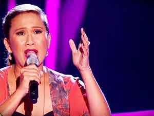Muchacha Con Gran Voz Canta En Audición