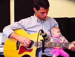 Este Papá Grabó Unos Momentos Muy Bonitos Con Su Hija Y Lo Compartió Con El Mundo
