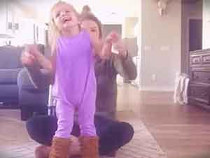 Bebita Con Paralisis Cerebral Baila Con Su Mamá En Hermoso Video
