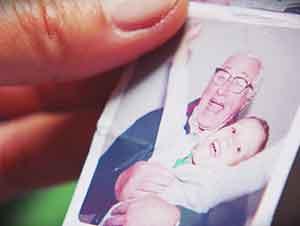 Este Niño Conservó Los Lentes De Su Abuelo Despues De Su Fallecimiento