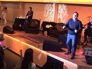 Música Cristiana de Julio Melgar – Soy Un Altar