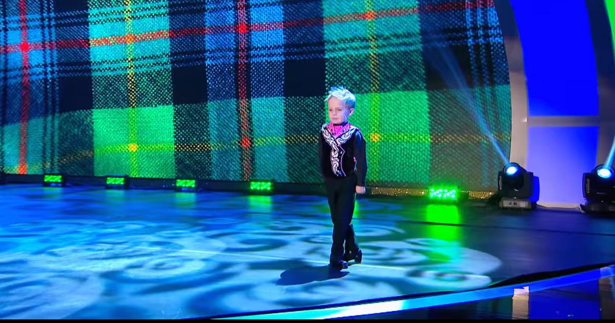 Oscar Baila Tap En Concurso De Televisón